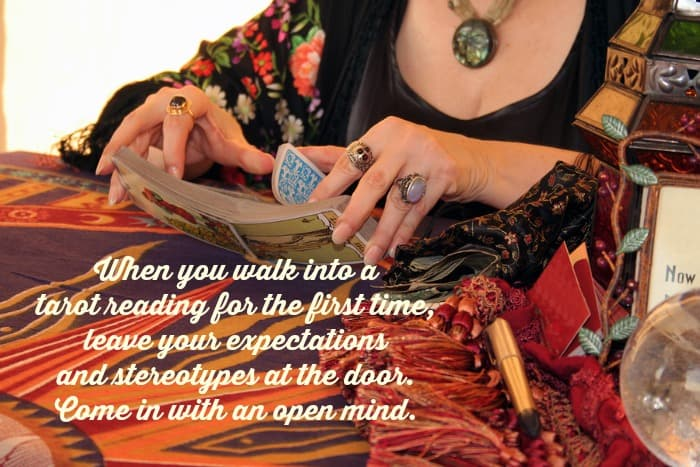what to expect in a tarot reading