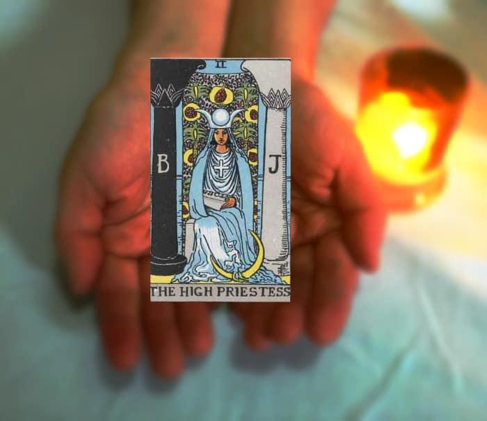 Tarot Advice - Guidance in Every Card: The High Priestess
