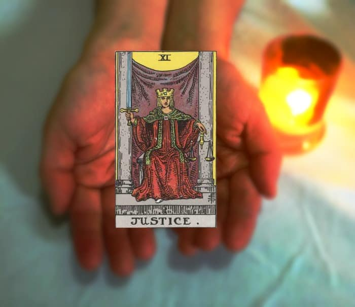 Tarot Advice - Guidance in Every Card: Justice
