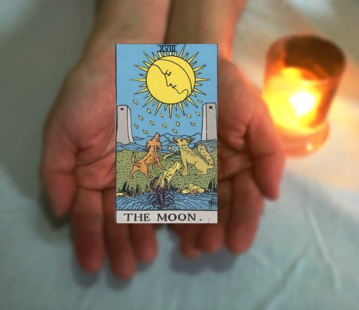 Tarot Advice: Guidance in Every Card - The Moon