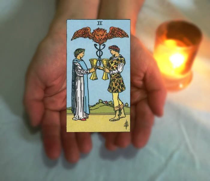 Tarot Advice - Guidance in Every Card: Two of Cups