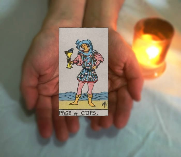 Tarot Advice - Guidance in Every Card: Page of Cups