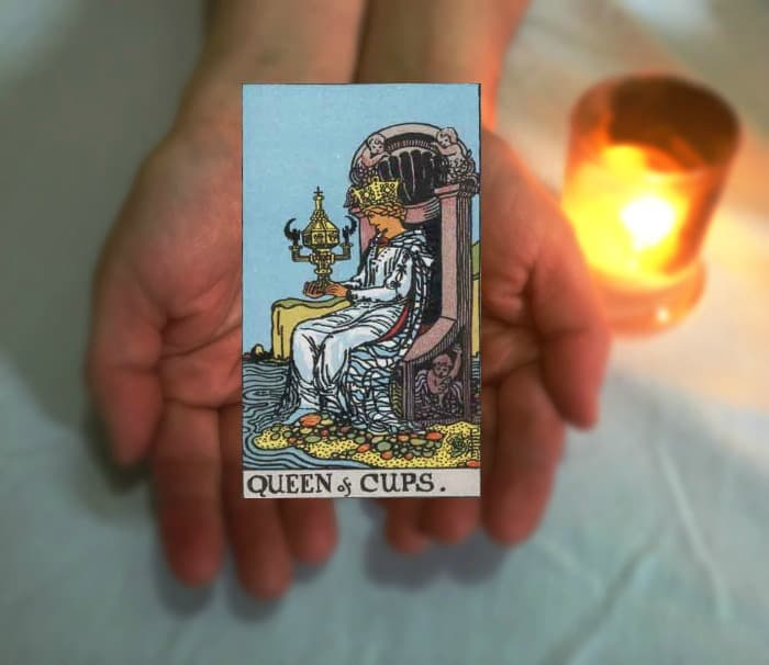 Tarot Advice - Guidance in Every Card: Queen of Cups
