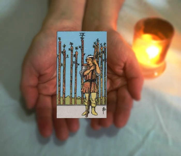 Tarot Advice - Guidance in Every Card: Nine of Wands