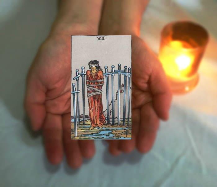Tarot Advice - Guidance in Every Card: Eight of Swords