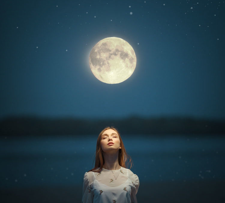 Full Moon in  Pisces 2021 – and Tarot Readings for Each Zodiac Sign